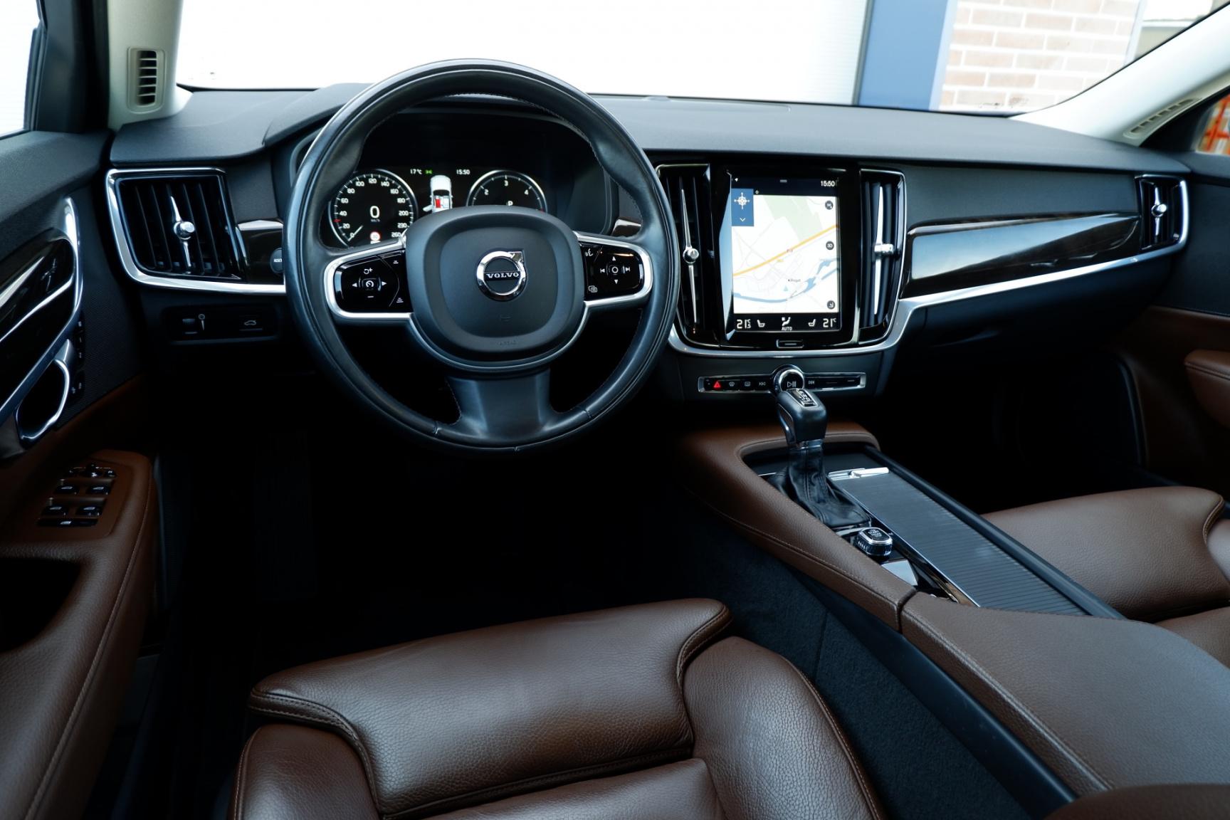 Volvo-V90-26