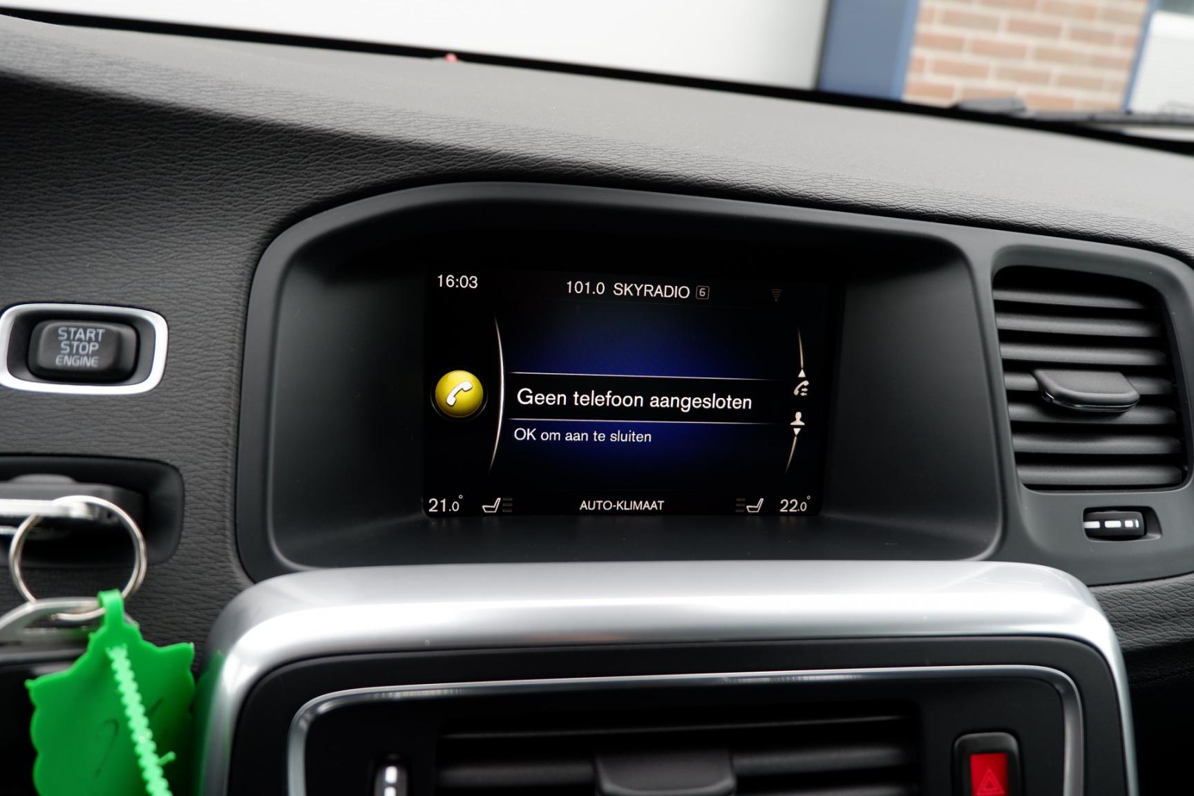 Volvo-V60-28