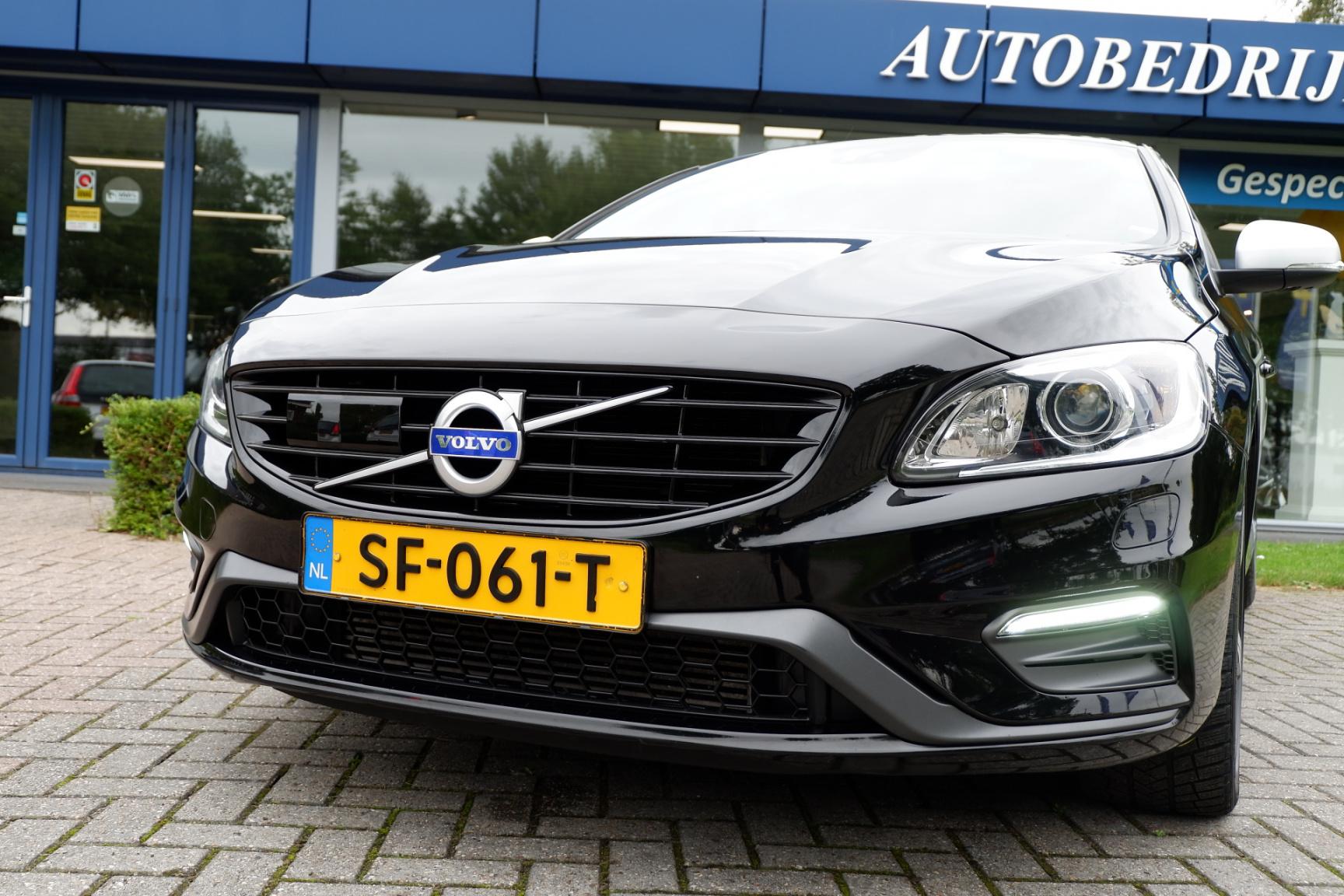 Volvo-V60-19