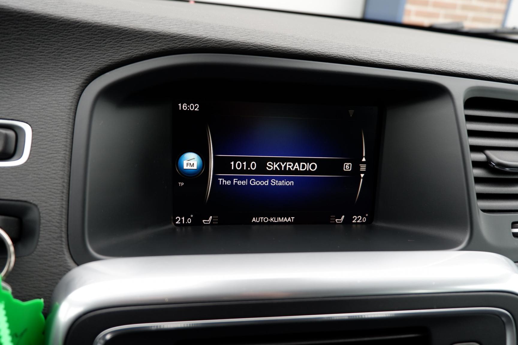 Volvo-V60-27